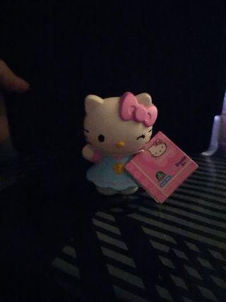 muñeca hello kitty