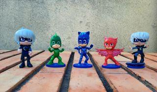 5 figuras o muñecos pj masks