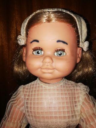 muñeca antigua muy difícil de conseguir