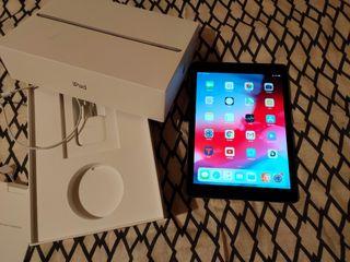 iPad 2018 (a1893) 32GB como nuevo