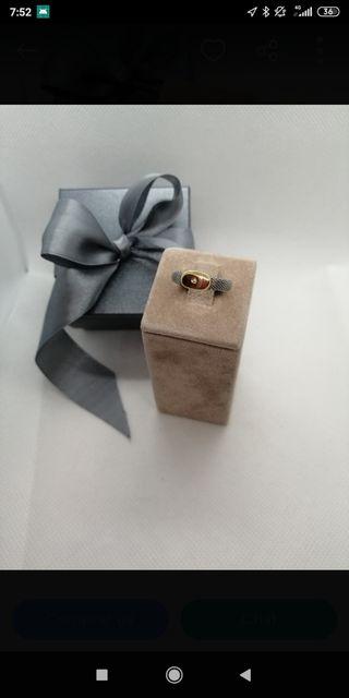 anillo acero,oro y brillante