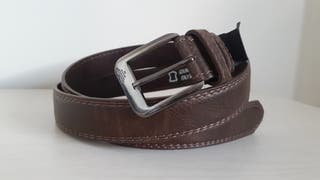 Cinturón de piel marrón oscuro de caballero
