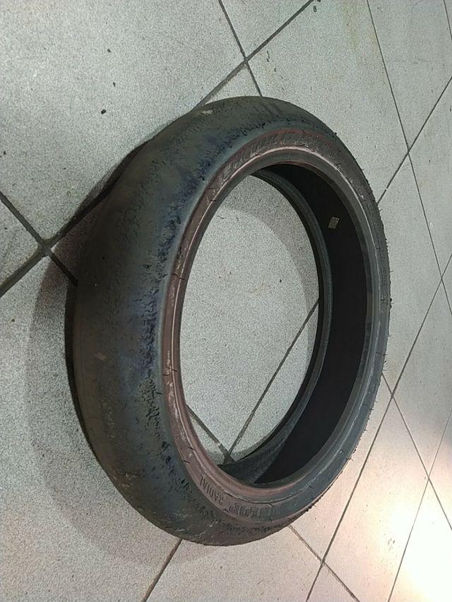 neumático sportmax Dunlop radial competición