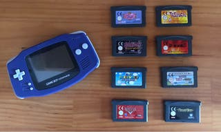 Game Boy Advance con 8 juegos