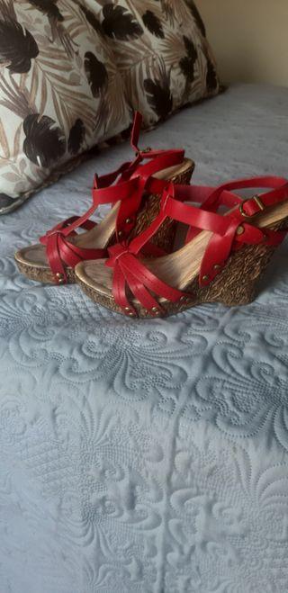 Zapato cuña rojo 38