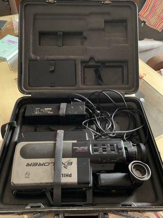 Vídeo cámara VHS Philips Explorer VKR6850