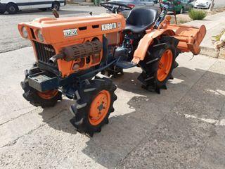 Tractor Kubota 4x4