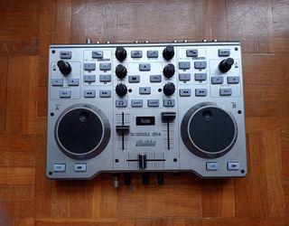 Mesa de mezclas Hércules DJ