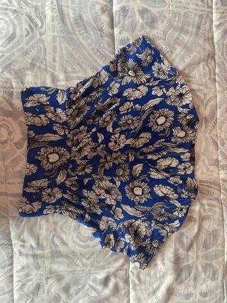 Blusa media manga azul de flores