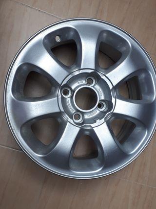 llanta aluminio peugeot 406 HDI 110