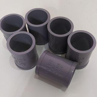 Manguitos PVC tuberías.