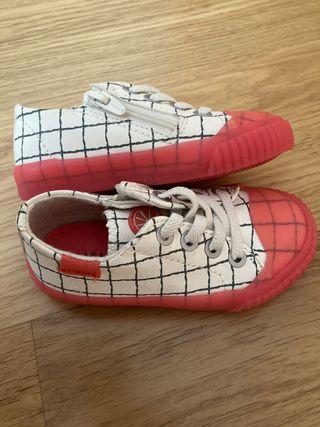 Zapatillas niña zara