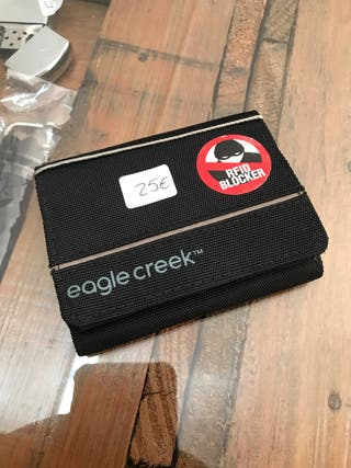 Cartera RFID Eagle Creek Trifold