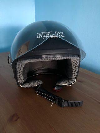 Casco negro de moto
