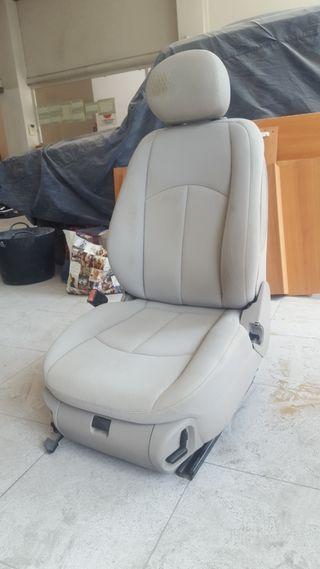 asientos delanteros y traseros mercedesclaseEv211