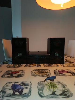 Sistema mini de sonido y dvd Samsung