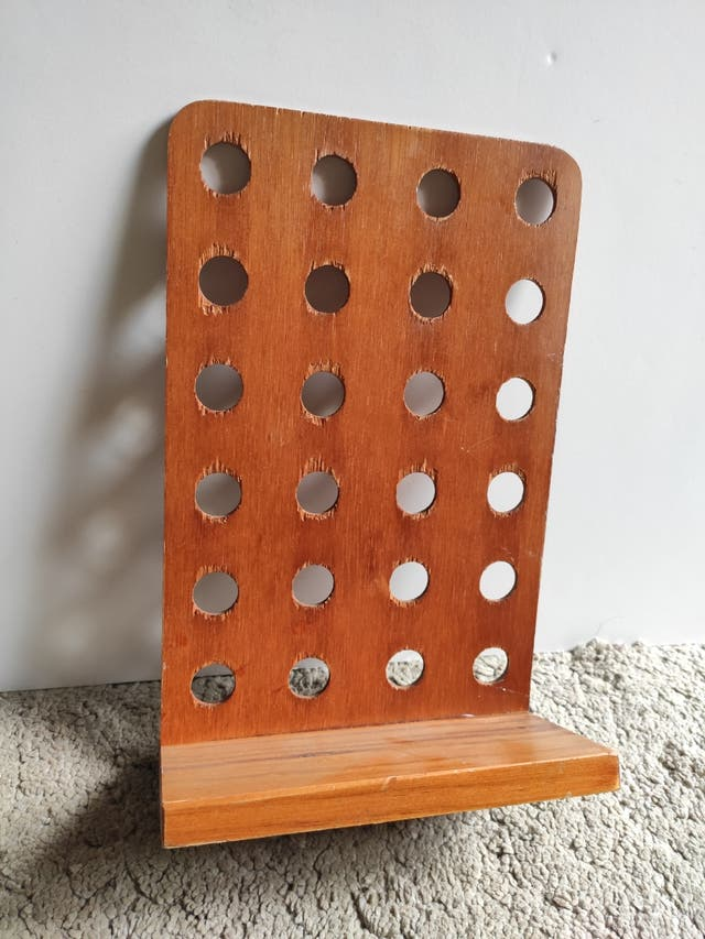 expositor madera pequeño