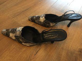 Zapatos fiesta bordados