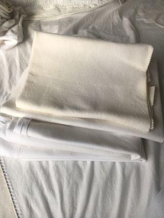 Pack 4 protectores colchón minicuna/moisés