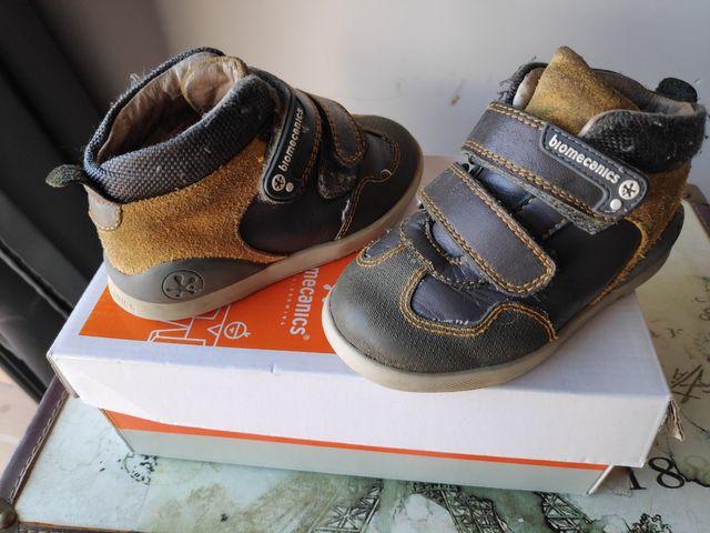 zapatos niño Biomecanics