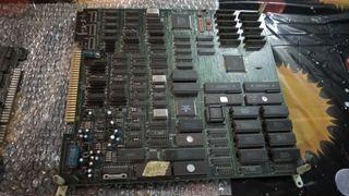 4 placas de juegos de máquina arcade originales.