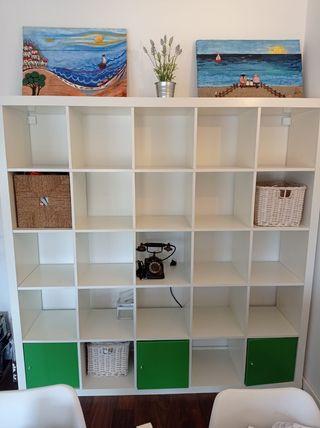 estantería blanca ikea + 3 puertas armario regalo