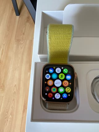 VENDO IWATCH SERIES 5 COLOR GOLD