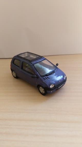 Renault Twingo coche a escala 1:43