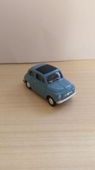 Fiat 500 coche a escala 1:43