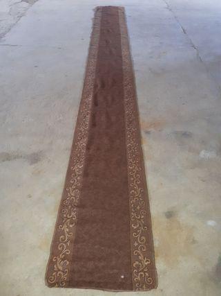 alfombra lárga 5.40m por 58 cm