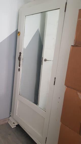 armario antiguo de madera urge!