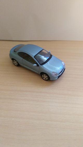 Ford Puma coche a escala 1:43