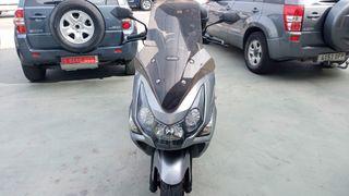 se vende moto. casi nueva