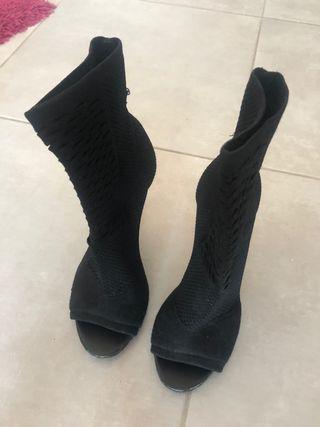 Botines negros lycra Zara talla 38