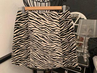Falda cebra Zara