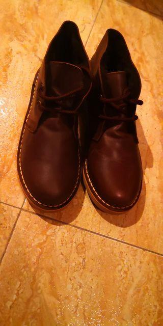 botas piel de niño talla 33