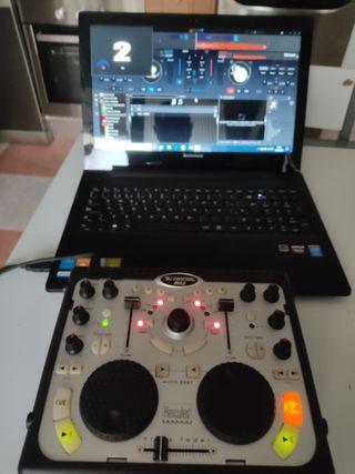 mesa de mezclas Hércules dj control mp3