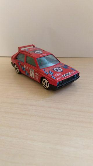 Lancia Delta S4 coche a escala 1:43