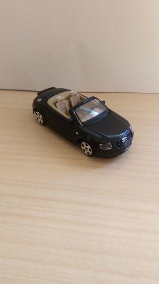 Audi TT coche a escala 1:43