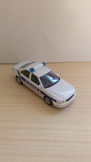 Peugeot 406 Policía coche a escala 1:43