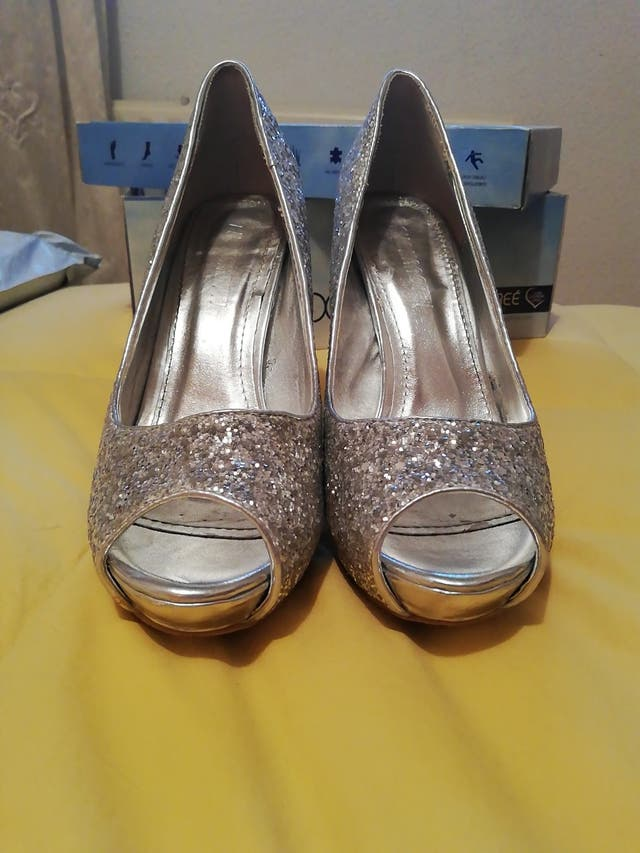 zapatos fiesta de tacón número 38