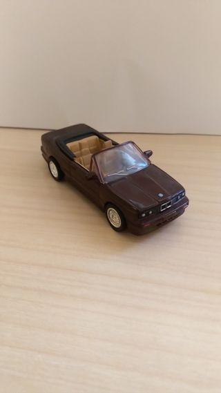 BMW M3 coche a escala 1:43