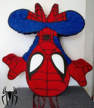 piñata cumpleaños Spiderman