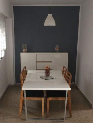 Mesa y sillas se vende junto o por separado