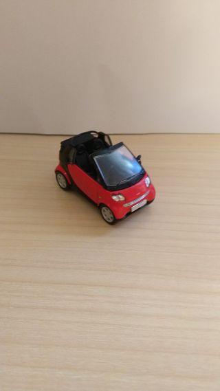 Smart Cabrio coche a escala 1:43