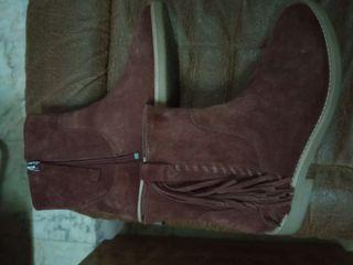 Botines de niña de Zara. Talla 37