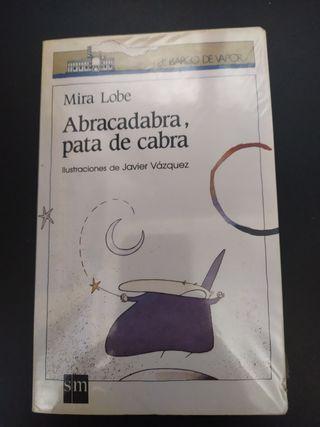 Libro Abracadabra, pata de cabra.