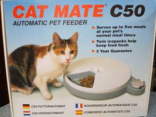 Comedero automático para gato( perro pequeño)