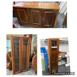 Mueble de madera vitrinas
