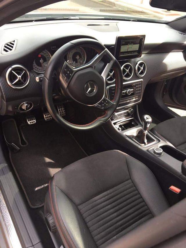 Mercedes-Benz Clase A 2019 matriculación francesa. Hendaye- Francia